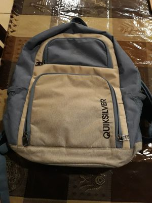 Quiksilver Silver Backpack for Sale in Heber, CA