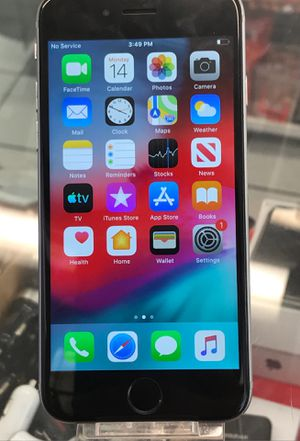 iPhone 6 32gb with boost mobile mint condition for Sale in St. Louis, MO