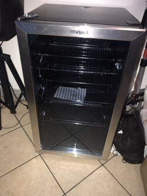Mini fridge for Sale in Long Beach, CA