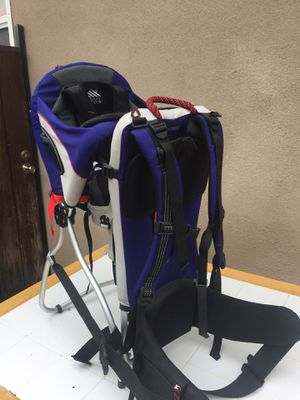 Hiking carrier for Sale in Downey, CA