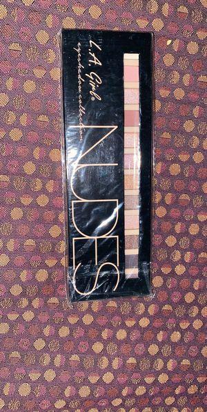 Eyeshadow Pallette for Sale in Morgantown, WV