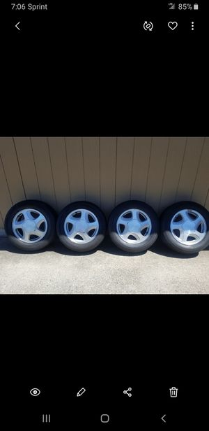 03 Chevy Monte Carlo Rims & tires for Sale in Vancouver, WA