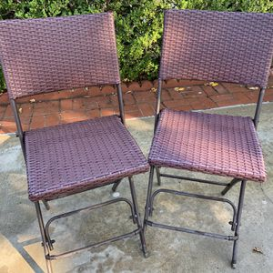 A pair of bistro folding patio chairs-burgundy color-San Fernando valley-northridge for Sale in Los Angeles, CA