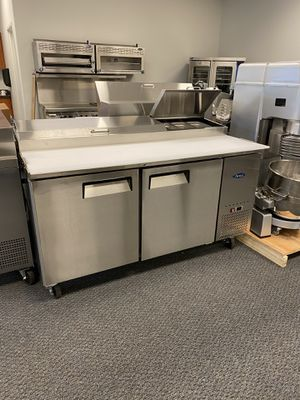"Commercial 68"" back bar draft beer keg cooler for Sale in Kent, WA"