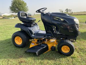 Poulan Pro lawn tractor for Sale in Waxahachie, TX