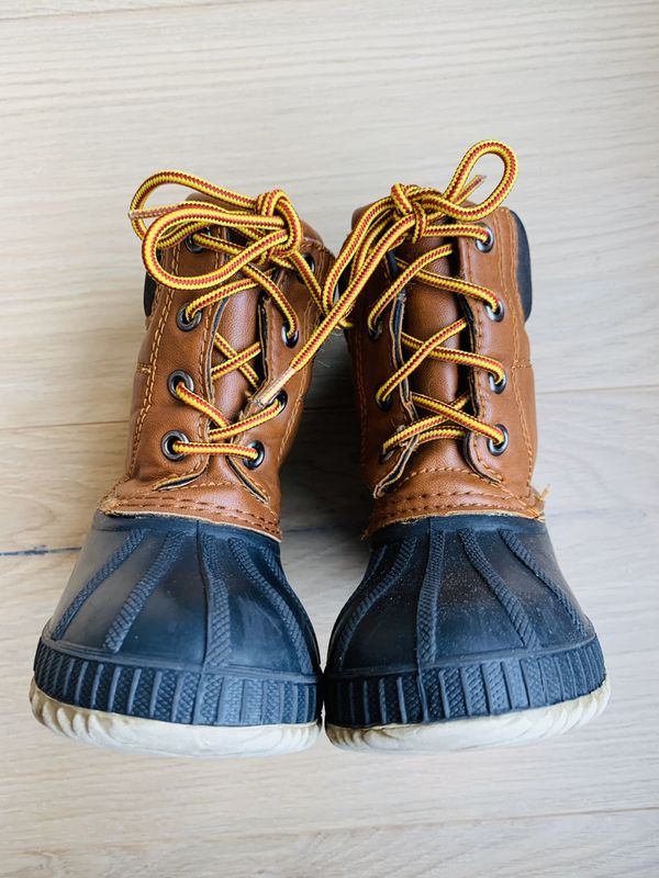 Gap Kids Insulated Snow Boots Size 7/8 Thinsulate Duck Boots