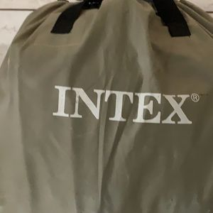 Free Intex Queen Blow Up Bed for Sale in Union City, CA