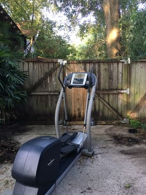 NordicTrack CX 1055 elliptical for Sale in Tampa, FL