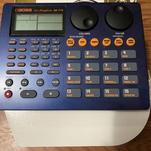 BOSS Dr. Rhythm DR-770 for Sale in Redwood City, CA