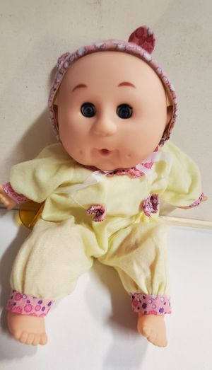 2003 Uneeda Original Baby Doll with clothes and paci Cabbage Patch Look Alike for Sale in Las Vegas, NV