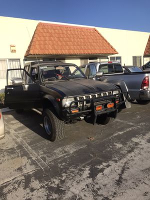 1983 Toyota Pick up deluxe for Sale in San Marcos, CA