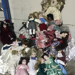 Porcelain dolls for Sale in Riverside, CA