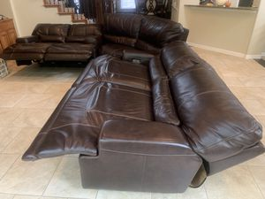 QUALITY TOP GRAIN LEATHER 3 PC RECLINING SECTIONAL for Sale in McKinney, TX
