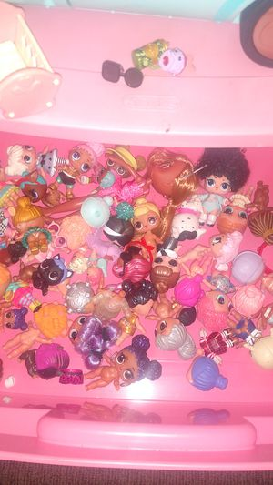 A bunch of LOL dolls and accessories $150 for Sale in Sandy, OR