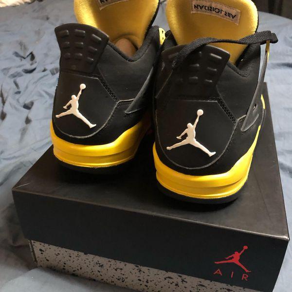 Nike Air Jordan 4 Retro men's size 9