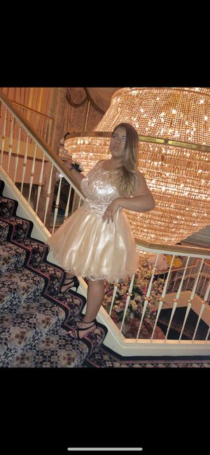 Champagne gold junior prom dress. for Sale in Baltimore, MD