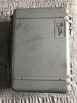 Pelican case. for Sale in Hialeah, FL