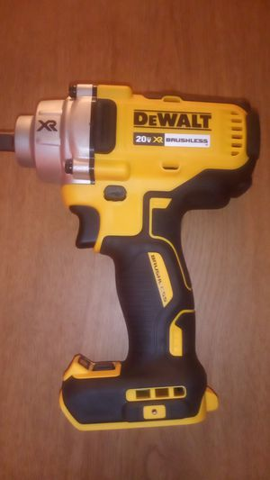"DEWALT DCF899B 20v MAX XR Brushless High Torque 1/2"" Impact Wrench with Detent Anvil (Tool Only) for Sale in Austin, TX"