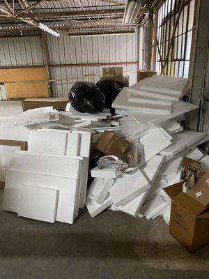 FREE Packaging- Bubble Wrap, Paper, Styrofoam for Sale in Los Angeles, CA