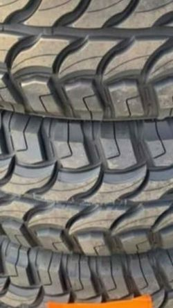 35 1250 18 MONKEYS WHEELS AND TIRES for Sale in Glendale,  AZ