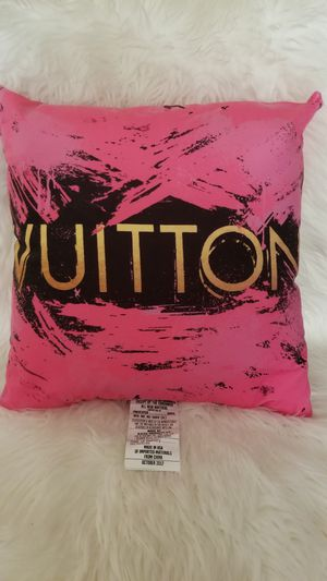 New in Packaging Lilipi Brand Louis Vuitton Pillow for Sale in Colorado Springs, CO