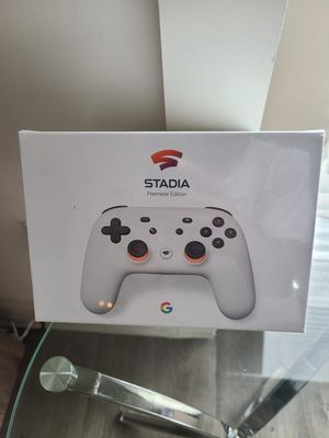 Google Stadia Premiere Edition - New - Controller and Chromecast Ultra for Sale in Houston, TX