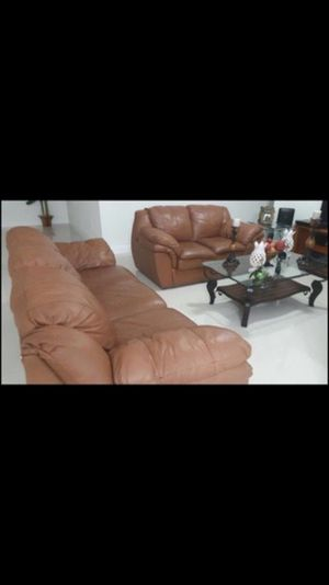 2 sofas for Sale in Hialeah, FL