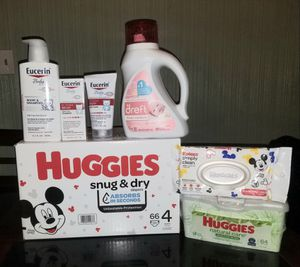 Huggies baby bundle for Sale in St. Louis, MO