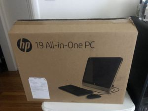 Computer HP all in one desktop pc 19 amd 500gb for Sale in West Hollywood, CA
