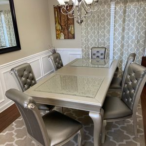 Brand NEW- Dining table Set With 6 Chairs for Sale in Cumming, GA