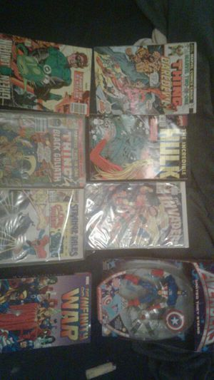 Action figure collectible and marvel and dc comics for Sale in Hollywood, FL