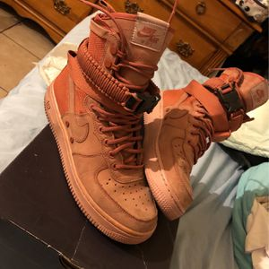 Dusty Peach SF AF1 for Sale in Henderson, NV