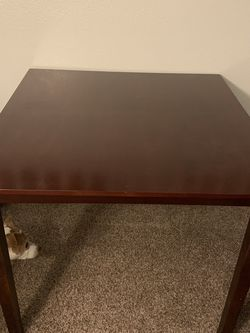 Table and Chairs for Sale in Vacaville,  CA
