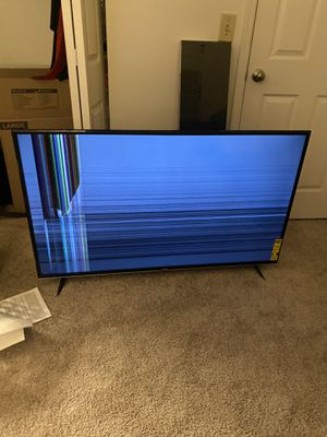 Vizio 55 inch 4k Smart TV (Needs fixed/For parts) for Sale in Columbus, OH