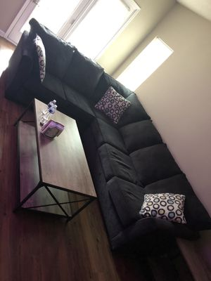 Sectional couch for Sale in Raleigh, NC