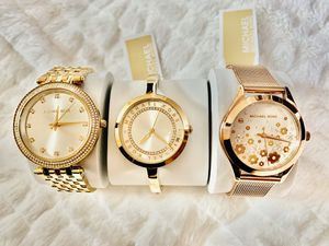 AUTHENTIC MK WATCHES for Sale in Oakland, CA