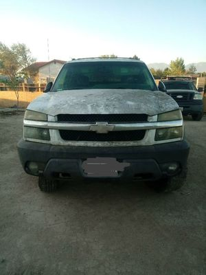 2002 Chevy avalanche parts only for Sale in Sylmar, CA