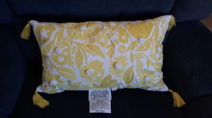 Yellow lumbar pillow for Sale in Artesia, CA