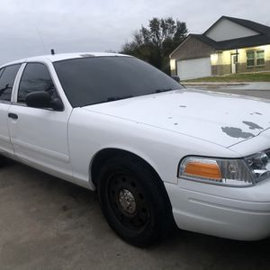 06 Crown Vic for Sale in Fort Worth, TX