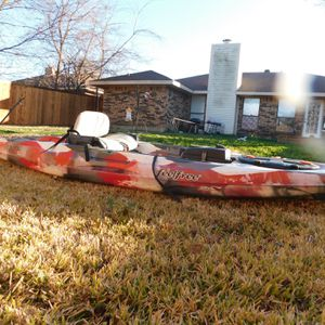 2018 FeelFree Lure 11.5 Kayak - Red for Sale in Garland, TX