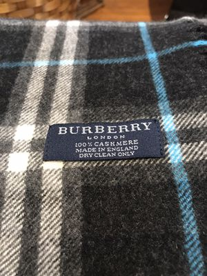 Authentic Burberry Double Fringe for Sale in Warwick, RI