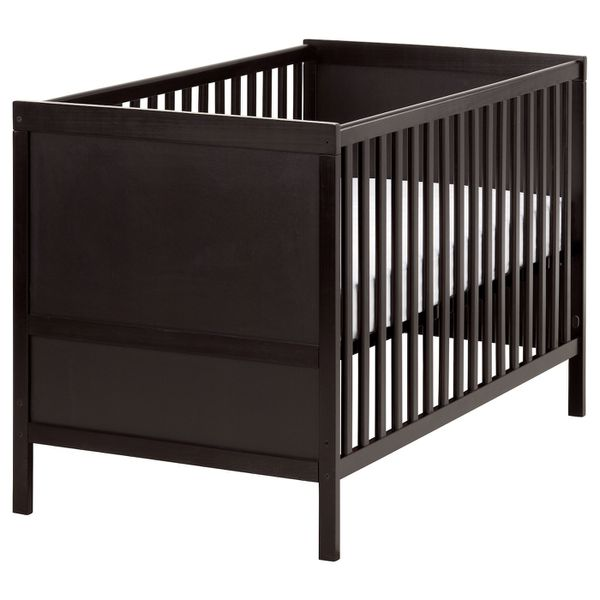 Ikea Baby Crib with mattress included
