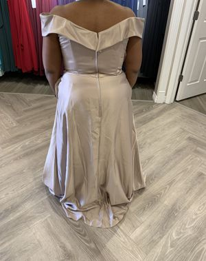 Formal Dress for Sale in Florissant, MO