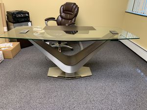 Executive Office Desk and Filing Caninet for Sale in West Bloomfield Township, MI