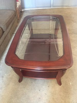 Coffee table for Sale in Trinity, NC