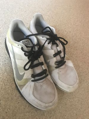 Nike mens shoes tennis size 8 for Sale in Auburn, WA