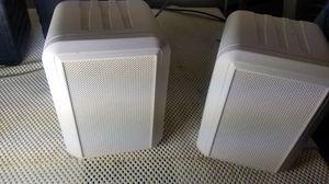 Studio Acoustics MS-80 Weatherproof 3-Way Stereo Speaker (pair) White for Sale in Philadelphia, PA