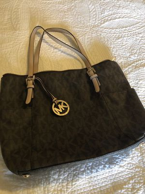 MK purse $60.00 obo for Sale in Merigold, MS