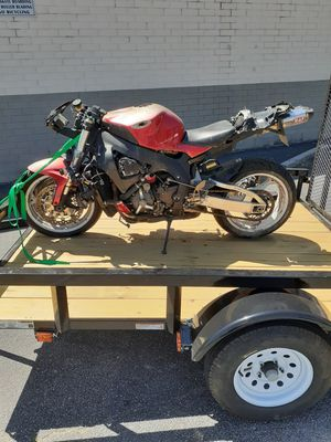 06 cbr1000rr part out for Sale in Loganville, GA