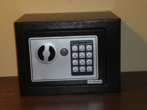 ELECTRONIC DIGITAL SAFE BOX for Sale in East Brunswick, NJ
